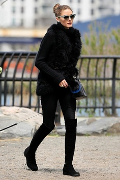 Olivia-Palermo-Knee-High-Boots-Stuart-Weitzman-Knee-High-Boots-05